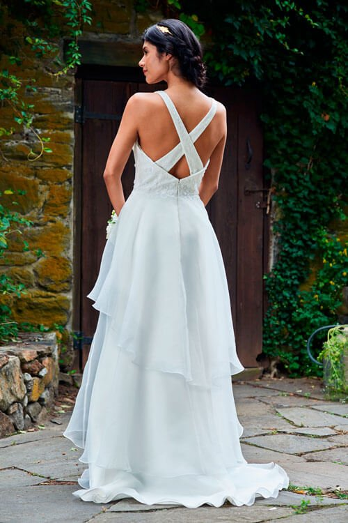Bridesmaid Dresses, Evening Gowns & Flower Girl Dresses | Bari Jay ...